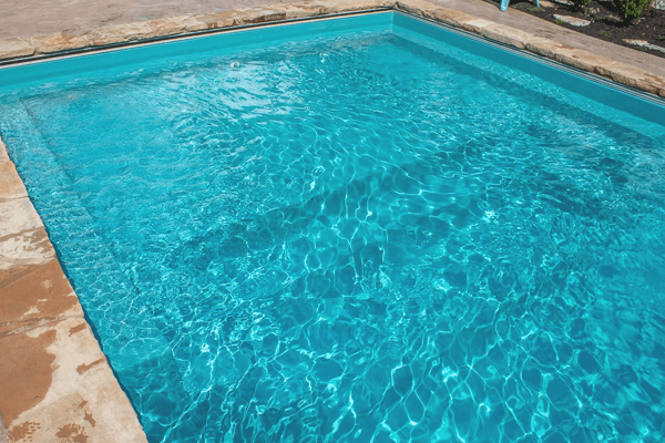 How to Lower Phosphate Levels in Pool